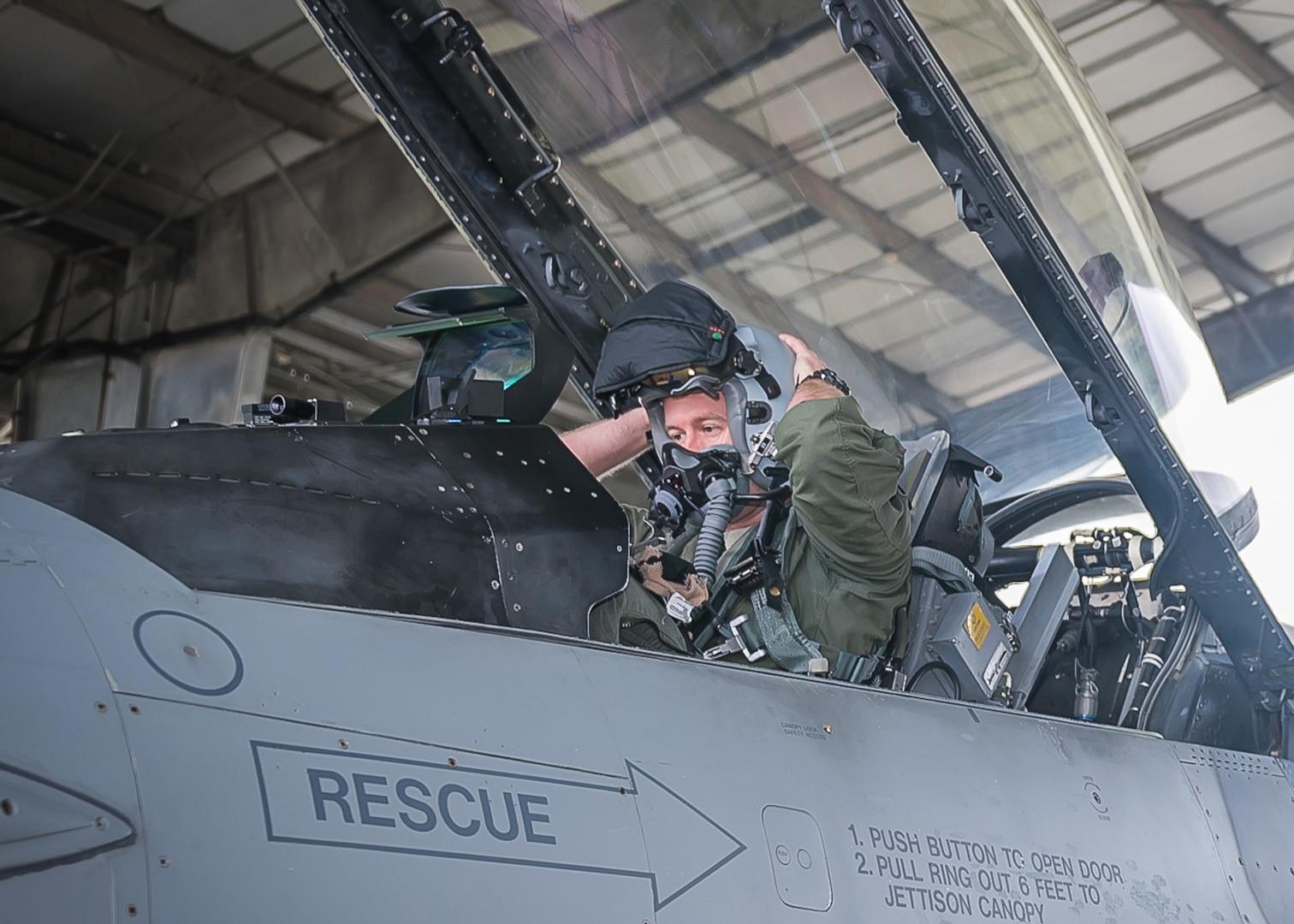 Tulsa Air National Guard Alert Mission (U.S. Air National Guard Photo by Master Sgt. C.T. Michael)