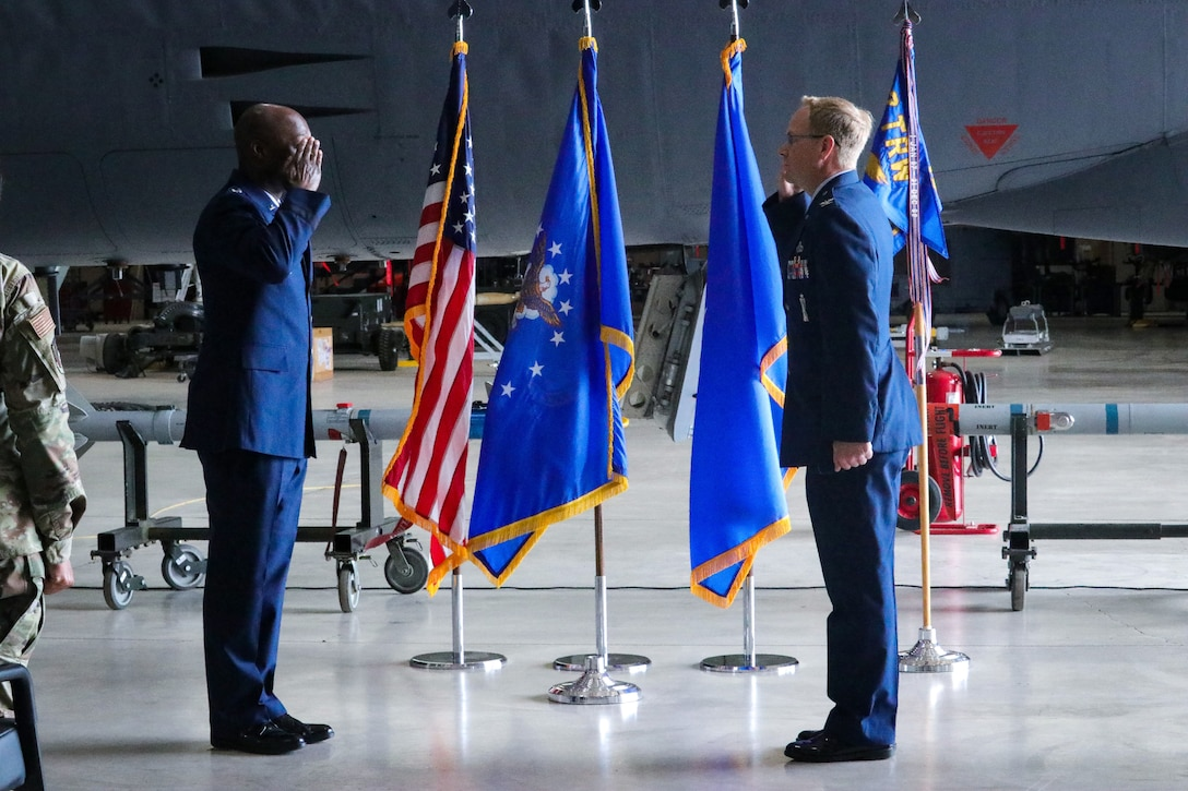 Col. Michael Donahue II returns salute to Brig. Gen. Kenyon Bell