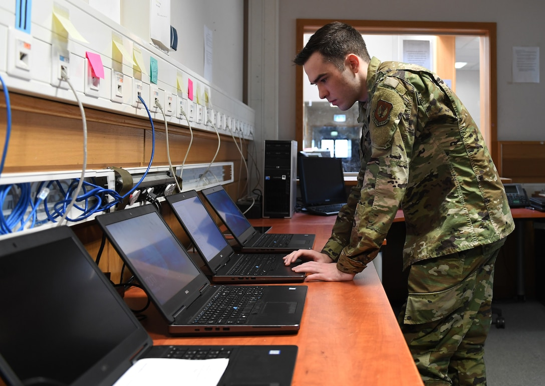 Air Force hits key milestones with commercial IT