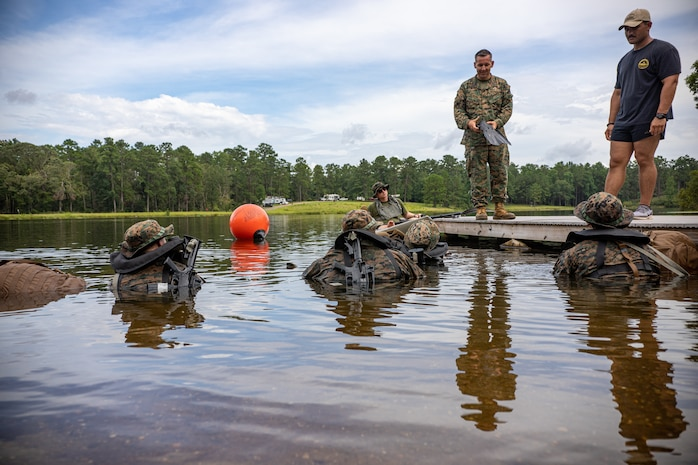 3rd Force Recon Open Water Fin Training