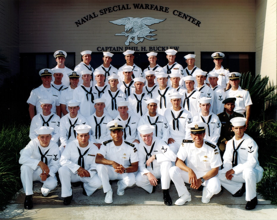Murphy with his sailors, posing for the photo