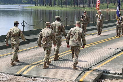 """Army Reserve's 926th Engineer Brigade welcomes new commander to """"Iron Castle"""""""