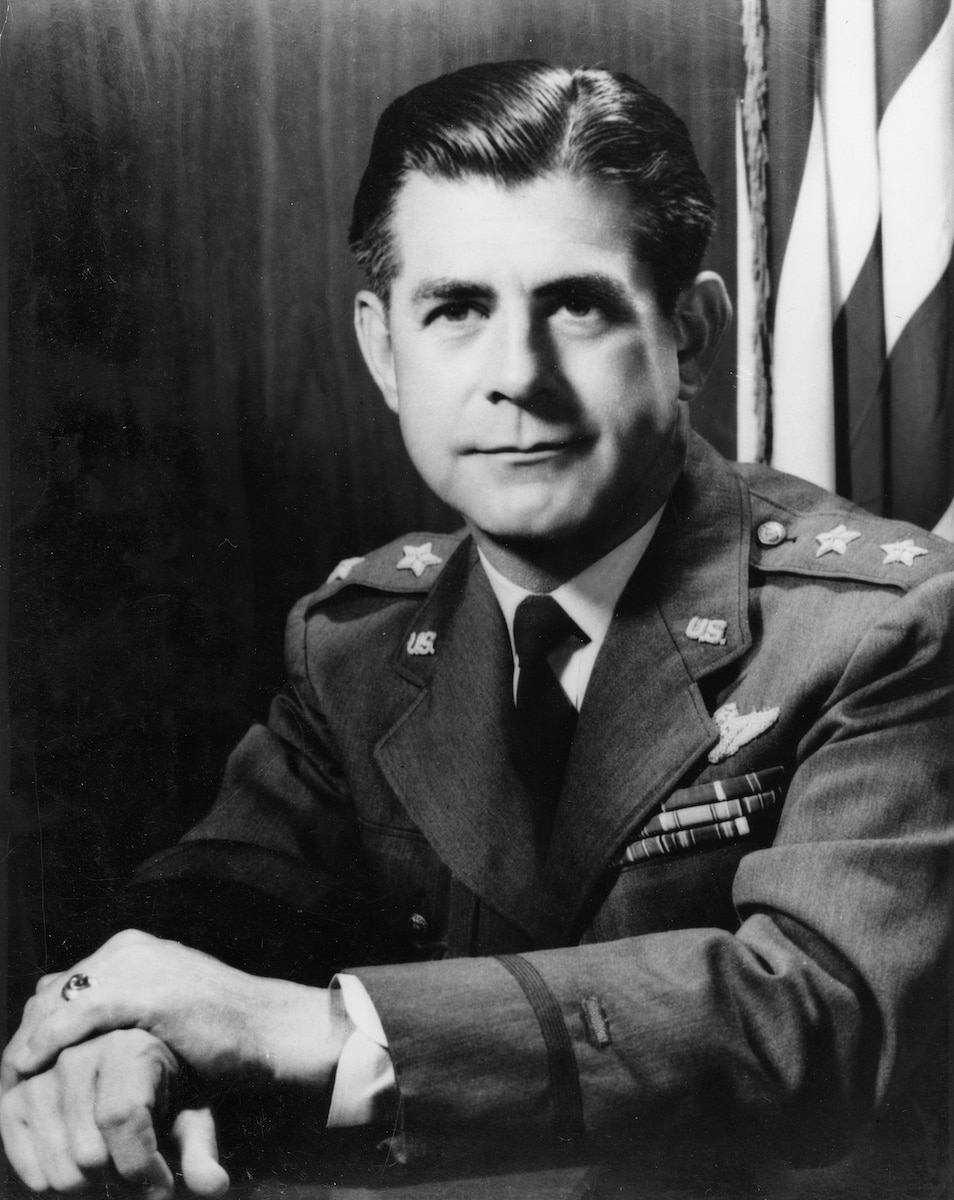 This is the official photo of Maj. Gen. Harold Roth Maddux.