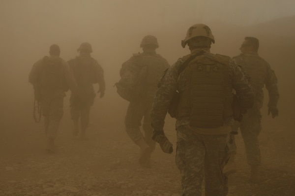 Researchers at Brooke Army Medical Center, Walter Reed National Military Medical Center, and Fort Belvoir Community Hospital recently completed the largest prospective study of redeploying military personnel with chronic respiratory symptoms.