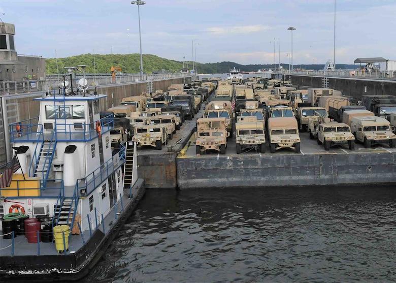 Military Vehicles transit Kentucky Dam