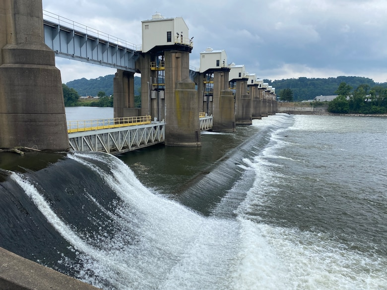 The U.S. Army Corps of Engineers Pittsburgh District is advising mariners of Emsworth primary lock chamber closure.