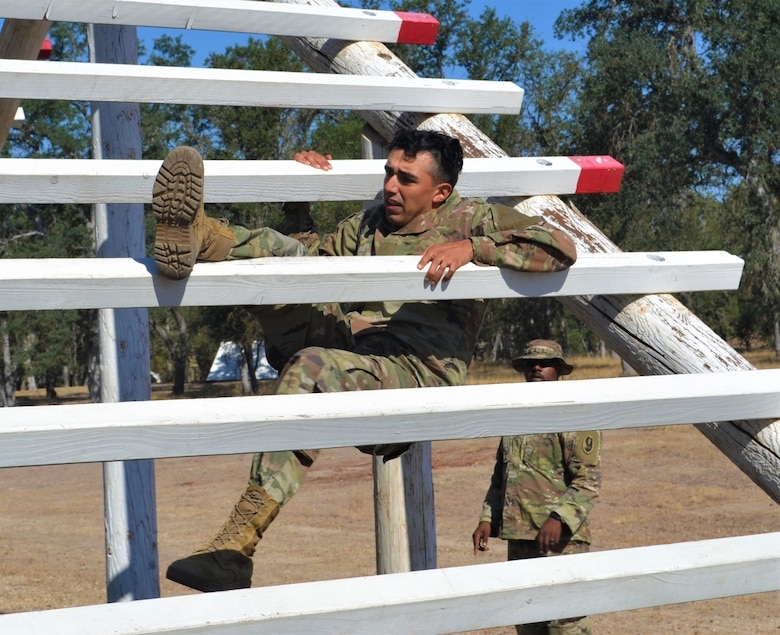 "311th ESC participates in 79th TSC Best ""Top Squad"" Warrior Competition"