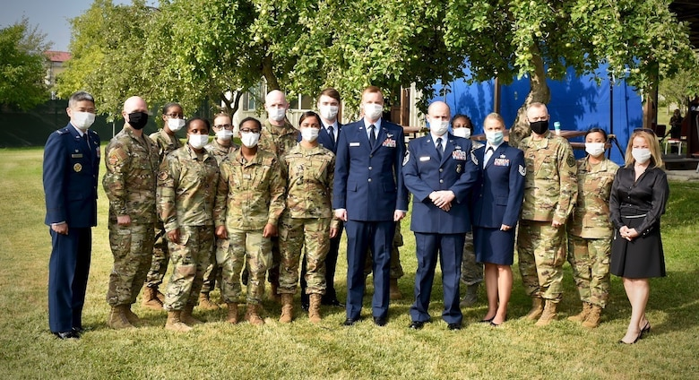 Group photo of Airmen at a change of command
