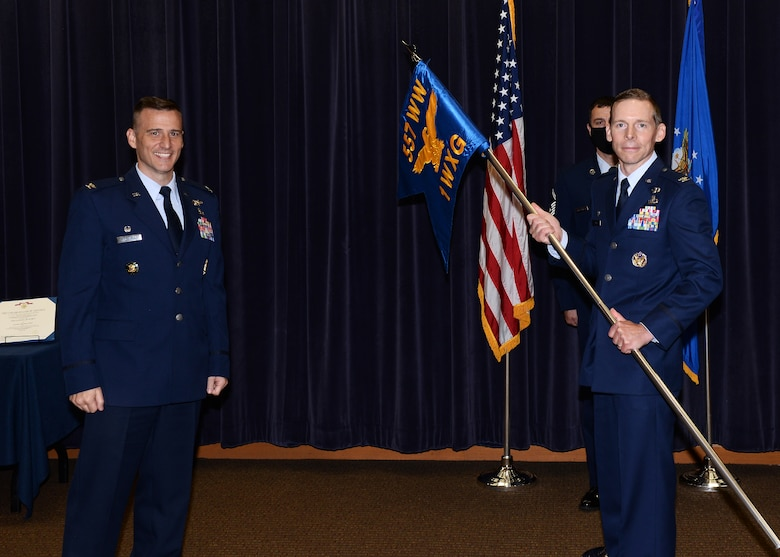 Col. Travis Steen relinquishes command of the 1st Weather Group on June 24, 2020 in the Chief Master Sgt. Peter Moore auditorium on Offutt Air Force Base, Nebraska.