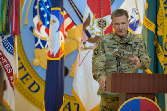 Daniels assumes command of U.S. Army Reserve