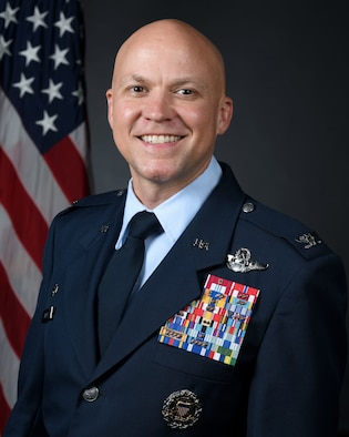 314th AW Commander