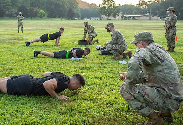 New York Army National Guard (NYARNG) Soldiers perform the hand-release push-up portion of the Army Combat Fitness Test during the state  Best Warrior Competition at Camp Smith Training Site, N.Y., July 25, 2020