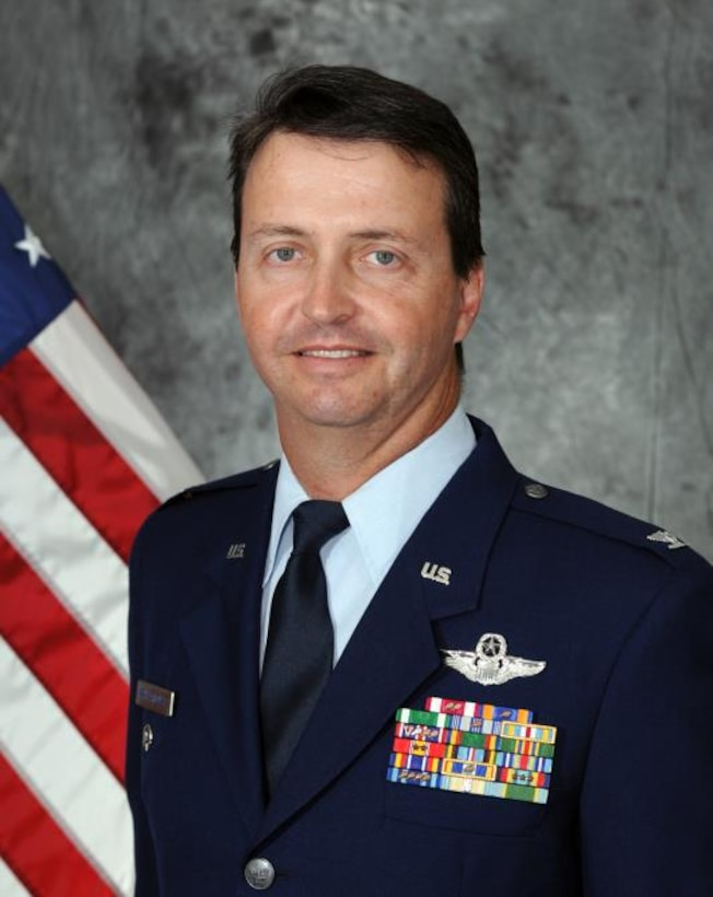Col. Whitehouse Offical photo