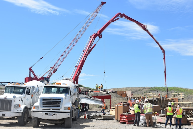 Construction reaches new heights on Red River of the North project