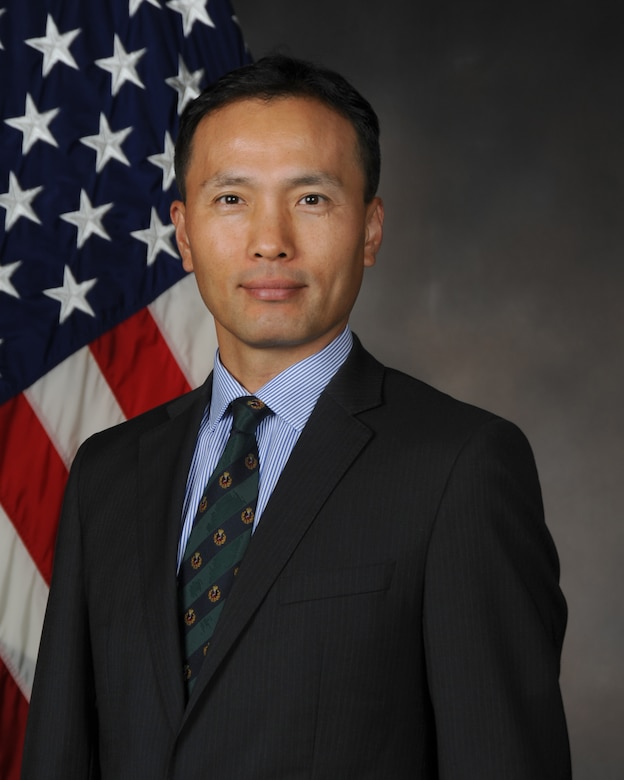 Air Force Research Laboratory scientist Dr. Steve Kim received the 2020 Society of Asian Scientists and Engineers Professional Achievement Award for his innovative research and persistent drive to tackle challenging and evolving subject matter. (Courtesy photo)