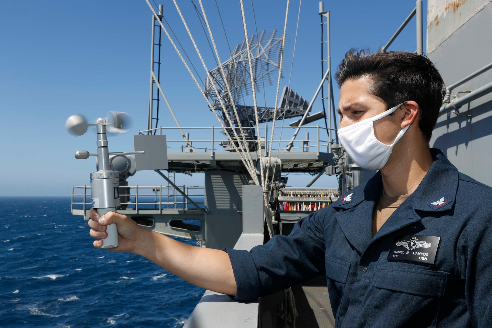 DLA Distribution Japan provides COVID-19 protective equipment to 21 ships in the Pacific area of responsibility