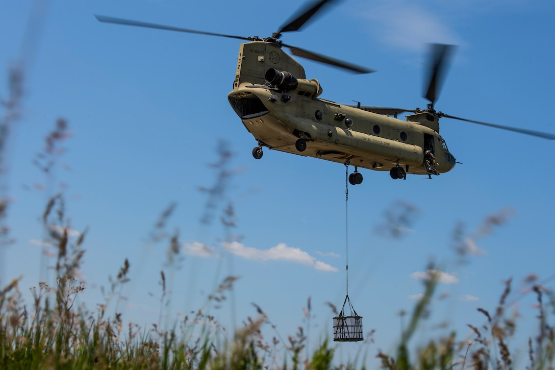 Photo of CH-47 Chinook lifting cargo