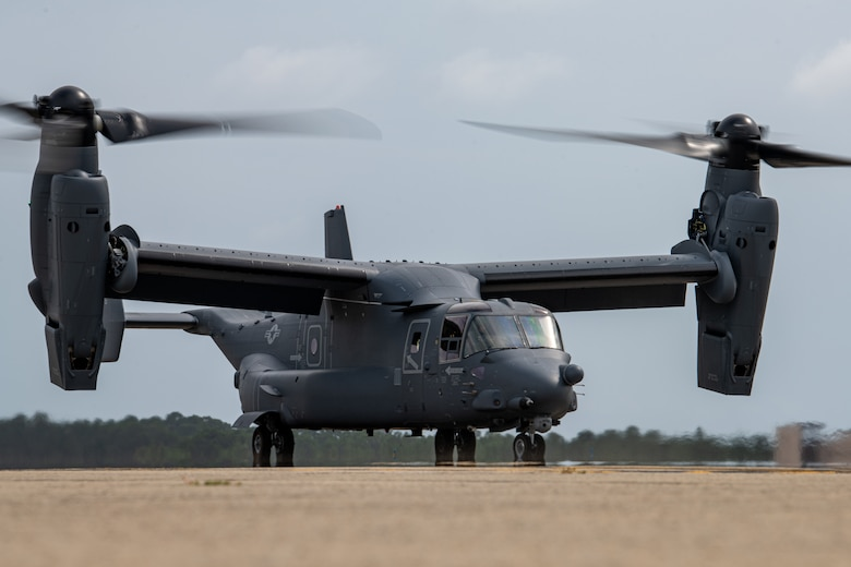 801st SOAMXS accepts delivery of new CV-22