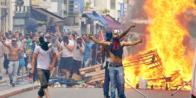French Muslim youths rioting in Paris during a July 2014 anti-Israel demonstration.