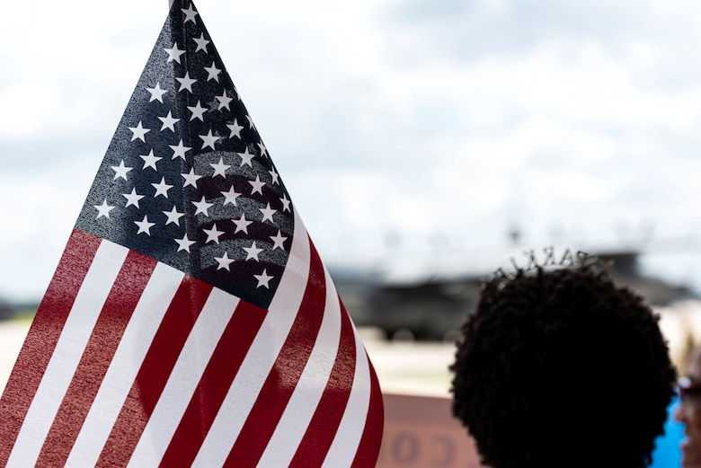 Photo of family member awaiting the return of an Airman.