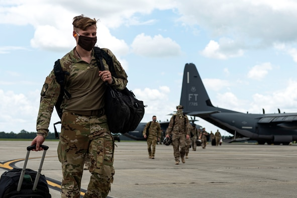 Photo of Airmen returning from a deployment.