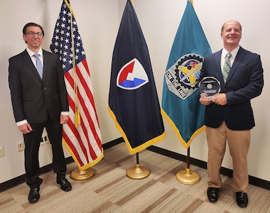 ASC employees at Tobyhanna Army Depot receive DOD packaging award
