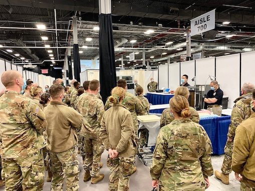 Army Reserve Soldiers from Minnesota and Wisconsin rapidly deploy to fight COVID-19