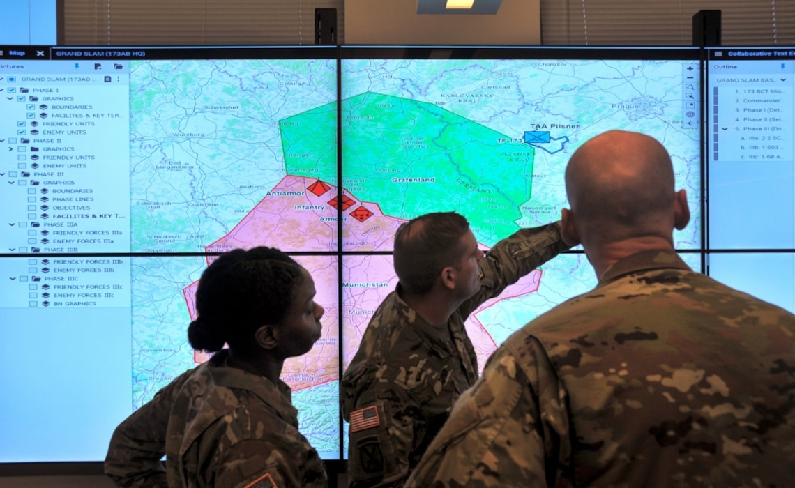 Soldiers demonstrate the Command Post Computing Environment prototype at Aberdeen Proving Ground. A Common Operational Picture for situational awareness is key to the Army's success. (Photo credit: Dan Lafontaine, PEO C3T, U.S. Army)