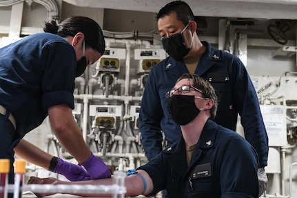 Theodore Roosevelt Sailors Receive COVID-19 Antibody Testing