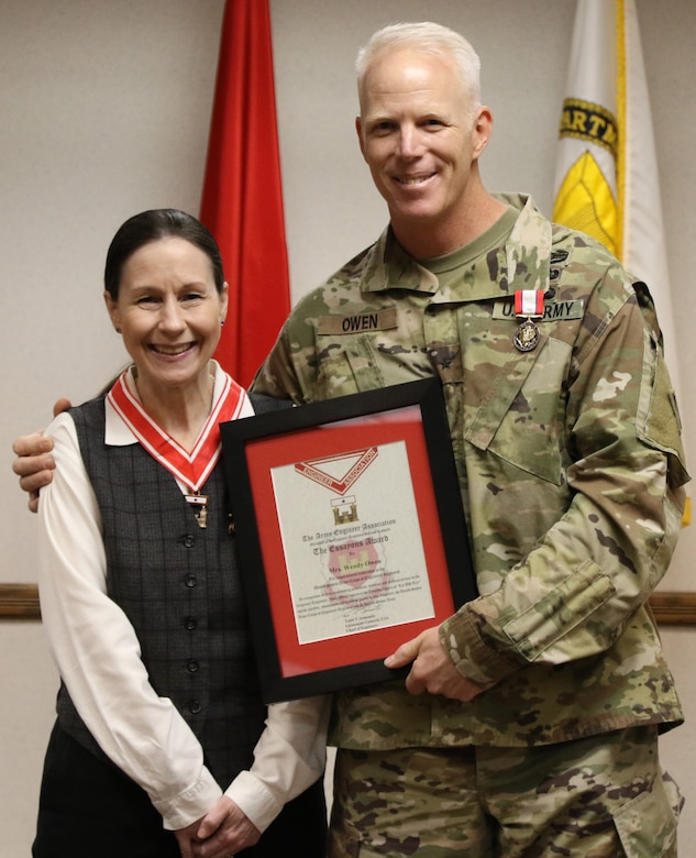 Southwestern Division Commander Brig. Gen. Paul Owen and his wife, Wendy, were recognized prior to the Division Change of Command ceremony June 25, at the Division Headquarters in Dallas, by Lt. Gen. Todd T. Semonite, the 54th Chief of Engineers and Commanding General of the U.S. Army Corps of Engineers. Brig. Gen. Owen was awarded the Distinguished Service Medal for his service to the Division and his spouse Wendy was presented with the Essayons Award for her dedication, devotion and selfless service to the Engineer Regiment.