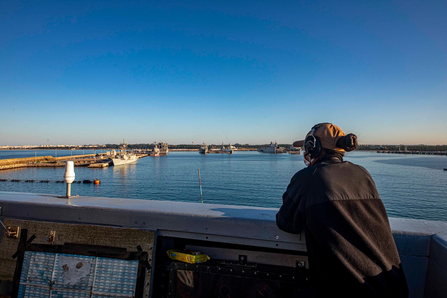 San Antonio-class amphibious transport dock ship USS New York (LPD