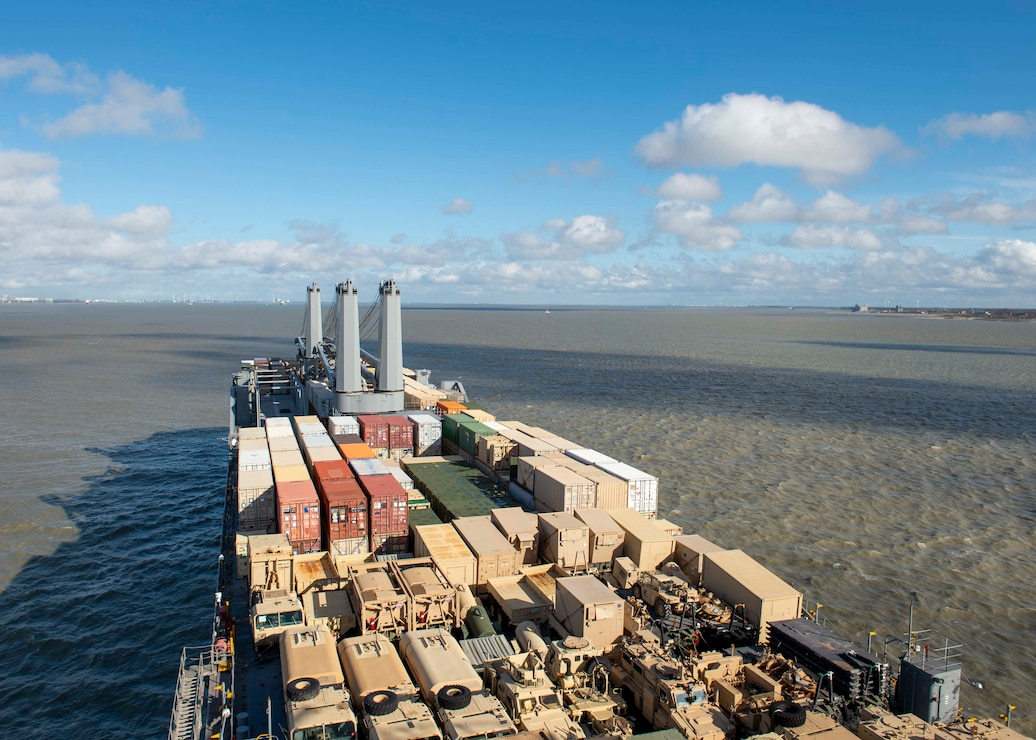 USNS Benavidez transits the English Channel
