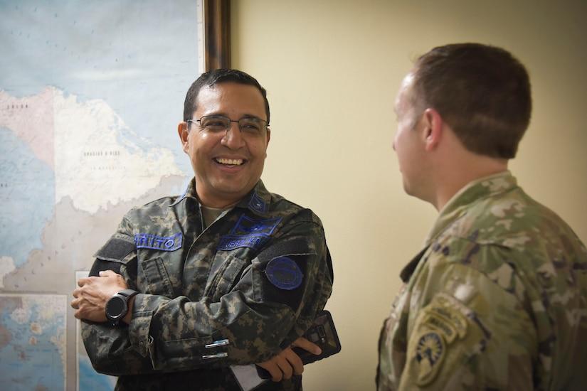 JTF-Bravo, Honduran leaders recognize strong bonds at Soto Cano