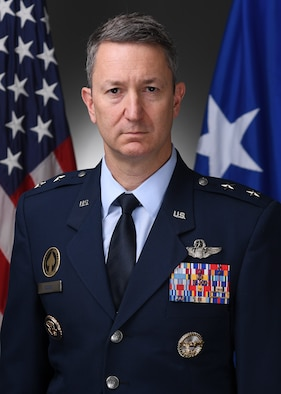 This is the official portrait of Maj Gen John Caine.