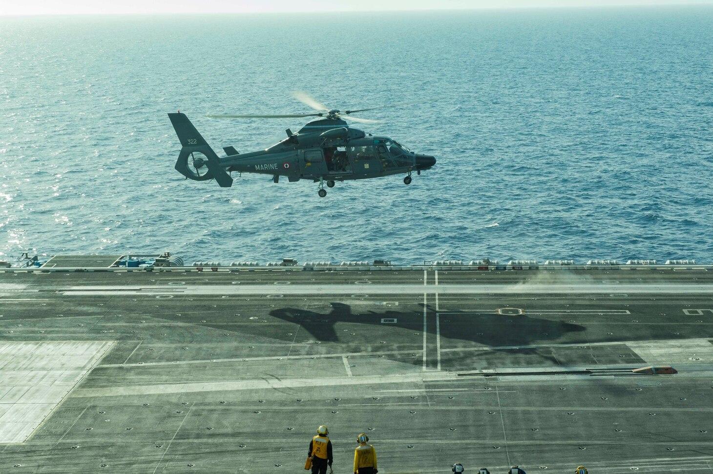 USS Eisenhower:Dauphin