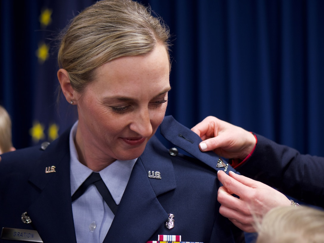 Gration takes command of 176th Medical Group