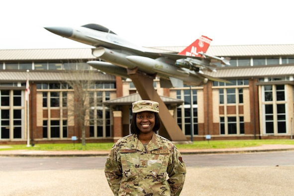 Photo of the 187th Fighter Wing command chief