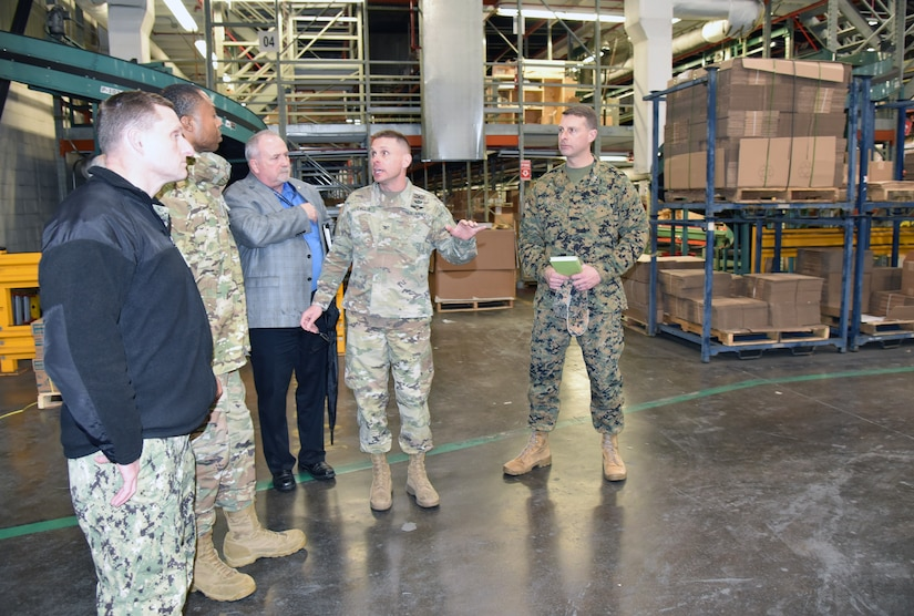 DLA National Account Managers visit DLA Distribution