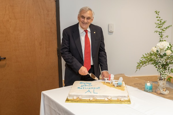 A Civil Works titan retires from 40-year research career with the Corps