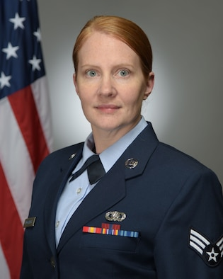 Official Photo of SrA Claire Workinger, oboist with the United States Air Force Band of Mid-America