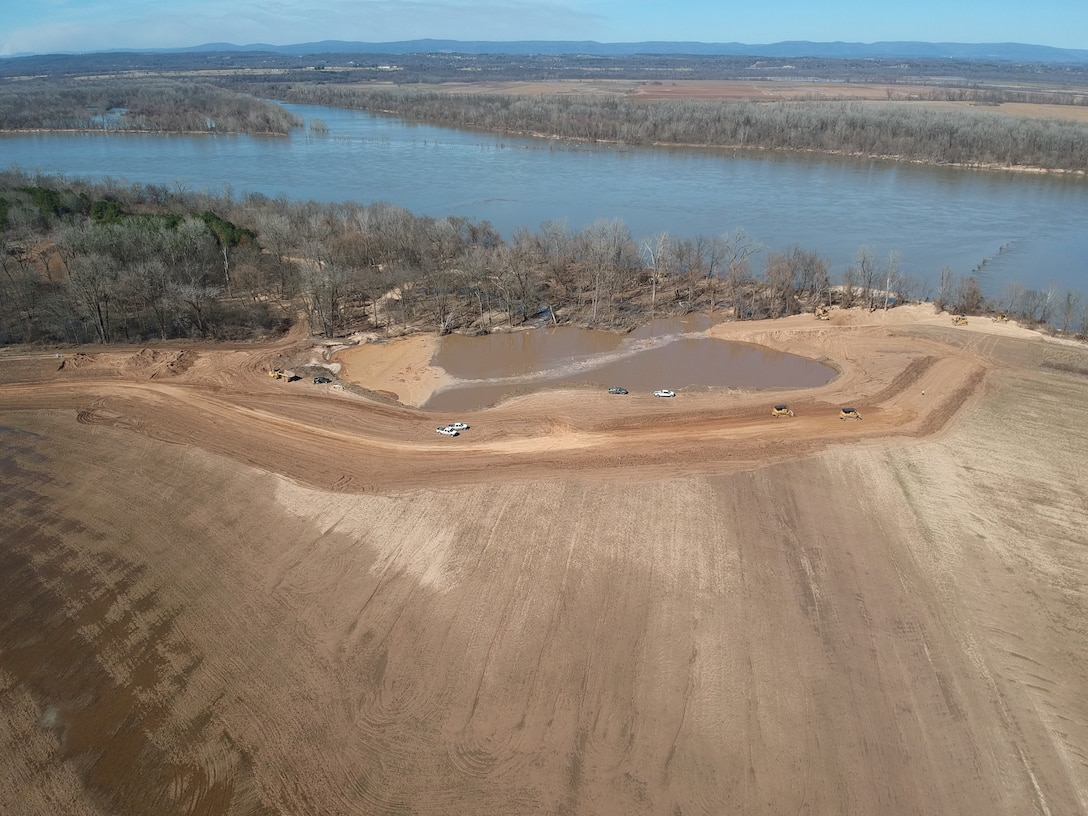 Downstream breach setback levee construction