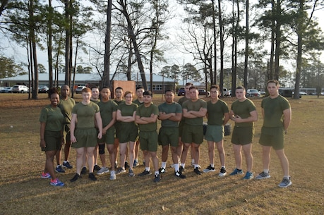 8th Communication Battalion Headquarters Company morning PT with instructors from the HITT Gym.