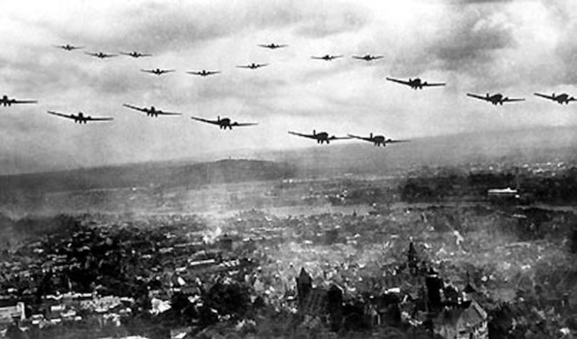 German planes fly over Poland