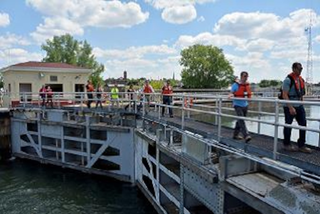 LDP I participants walk on a lock