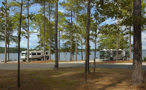 To further protect against the spread of the Coronavirus all U.S. Army Corps of Engineers managed campgrounds have begun an orderly shutdown. Individuals with paid reservations will be contacted by email and full refunds will automatically be processed by Recreation.gov with no cancellation fees.