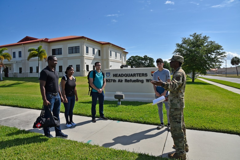 On 24 March, 2020 Staff Sgt. Dejaniee Hutchinson, 927th Developmental Training Fight facilitator, MacDill AFB, Fl., delivered final travel and Basic Military Training reporting instructions to four future 927th Air Refueling Wing Airmen. (U.S. Air Force photo by Tech. Sgt. Peter Dean)