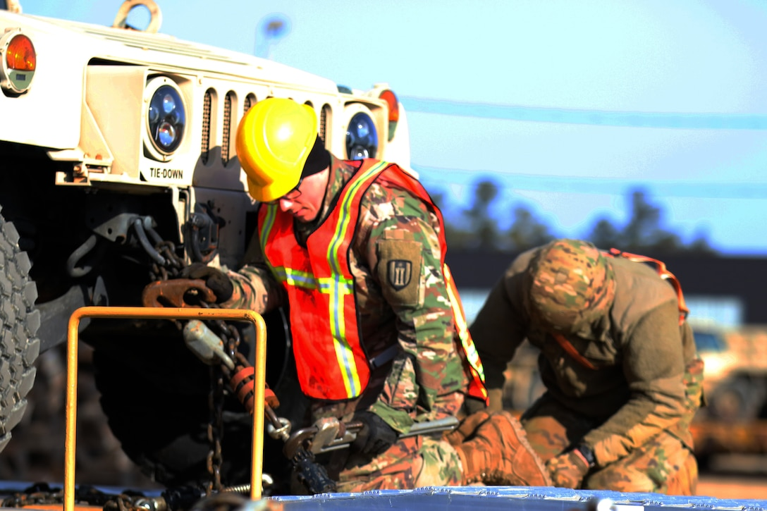 Wisconsin Army Reserve Engineers Load for Deployment to the Middle East