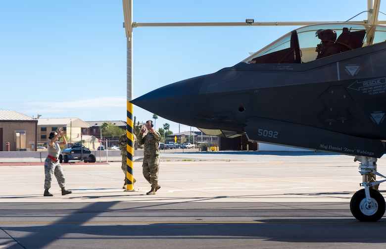 Maintainers from the 62nd Aircraft Maintenance Unit launch an F-35A Lightning II, March 23, 2020, at Luke Air Force Base, Ariz.