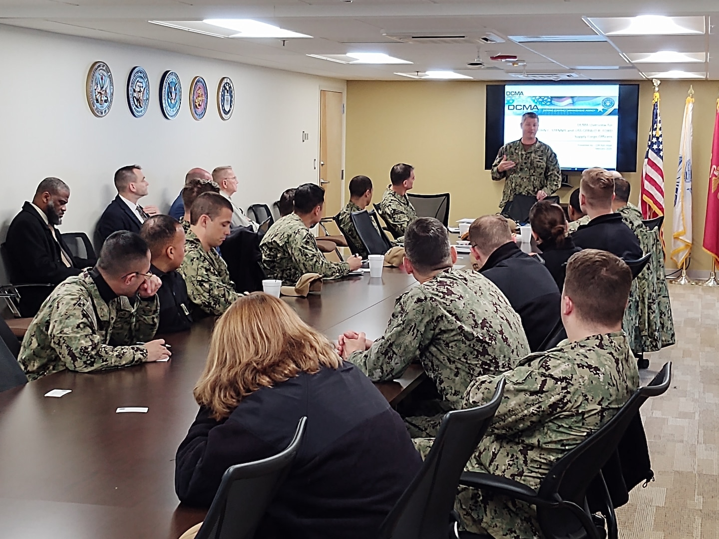 Photo of DCMA and Navy meeting.