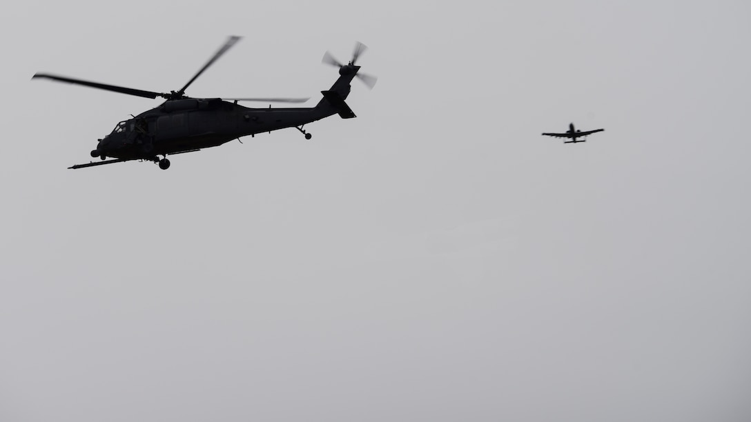 A photo of aircraft flying